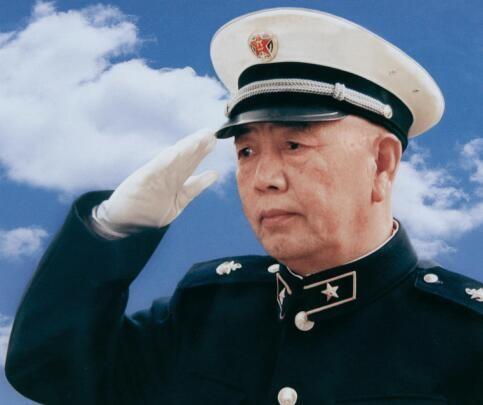 中国现代海军之父刘华清.jpg