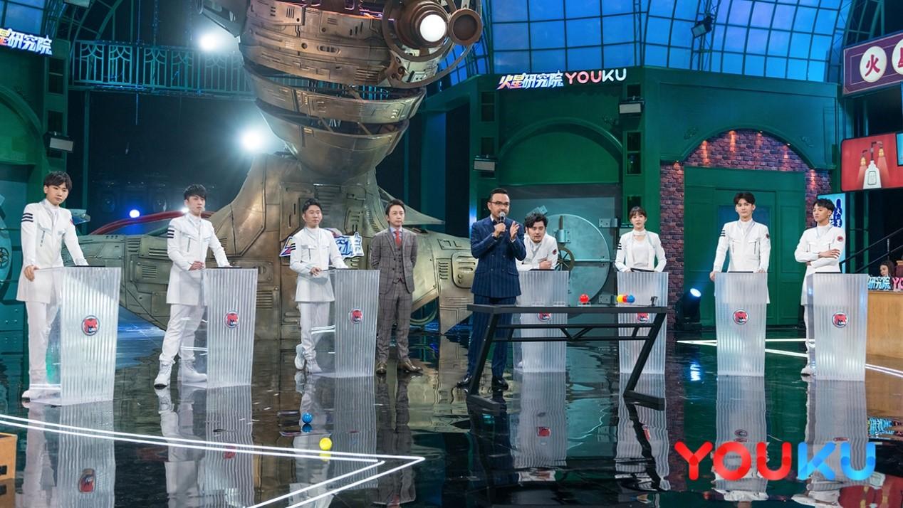 图:院长汪涵、松明老师与火星实验员.jpg