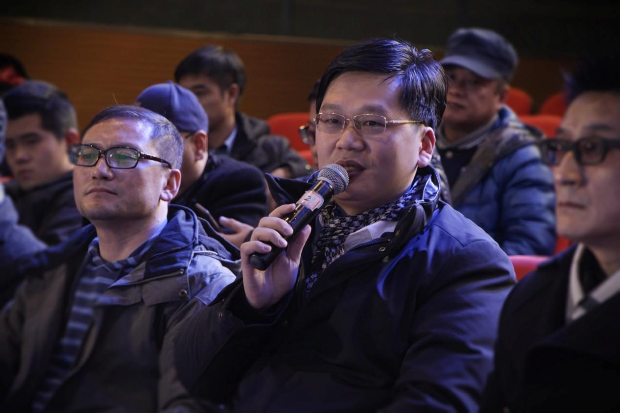电影《哦!遇见》编剧、《大地之爱,诗会》创始发起人杨晓东.jpg