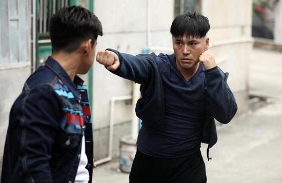 《混混拳王》剧照.jpg