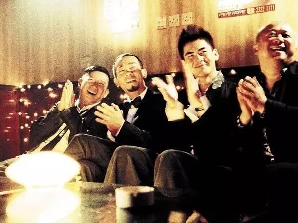电影《情圣》港产高分喜剧《大丈夫》讲的也是一群好哥们合伙猎艳.jpg