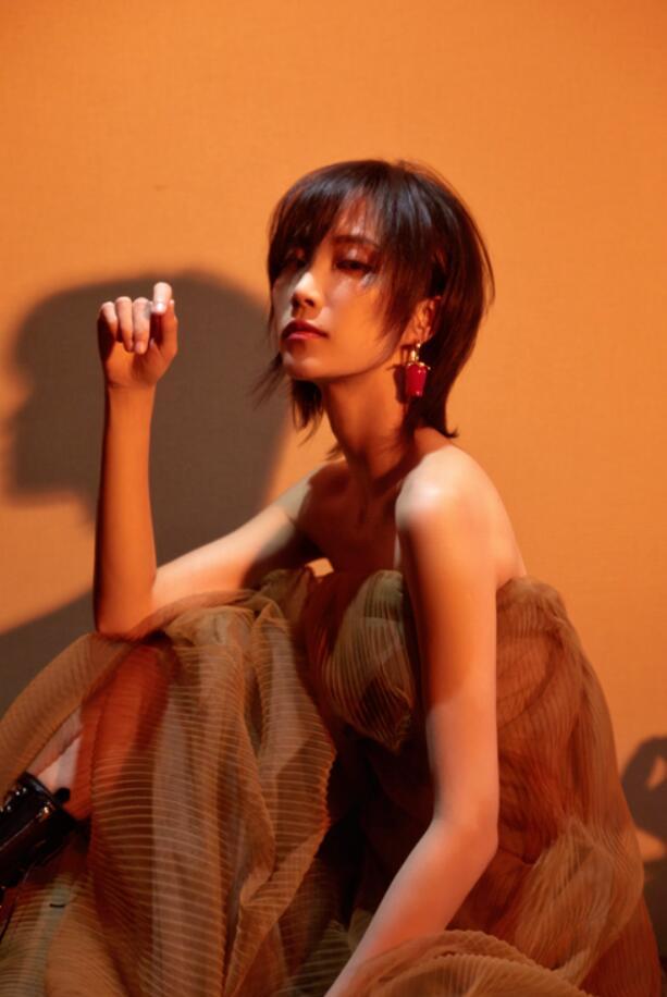 苏诗丁写真.JPG