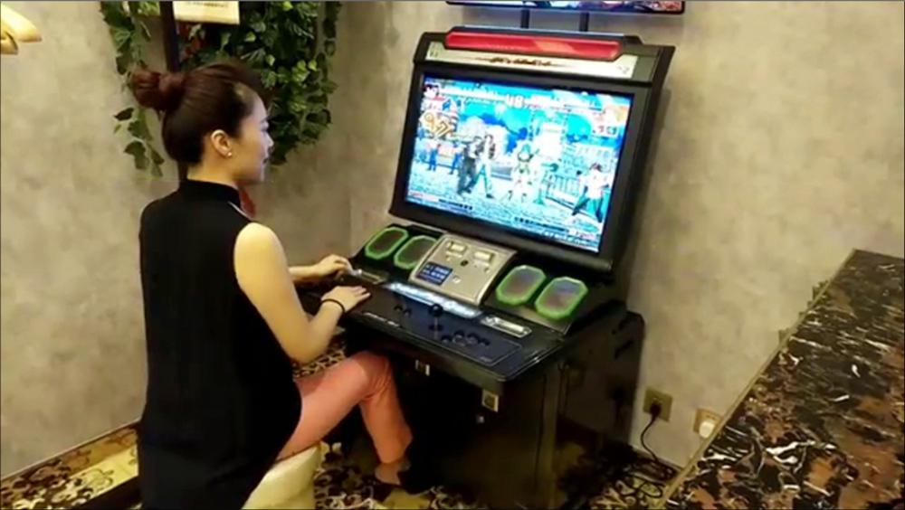 玖月奇迹王小玮打游戏.jpg